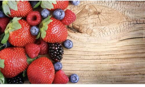 Truskawki czy borówki? Porównujemy owoce!